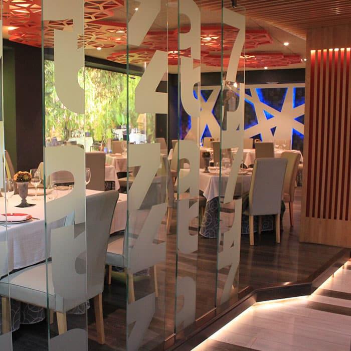 Salón del Restaurante Raza 7 en Madrid (Barajas)